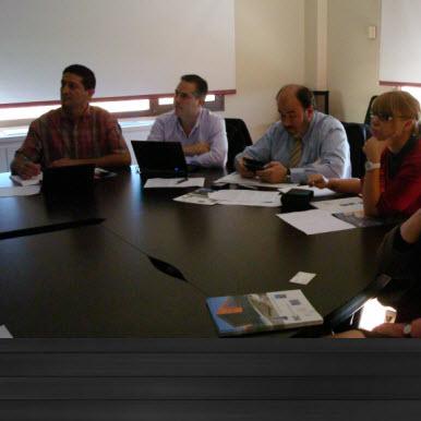 grupo de trabajo en techa incubadora y aceleradora de empresas